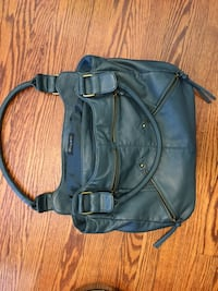 Full leather purse - never used! Toronto, M3H 3Y7
