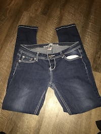 Dark skinny jeans size 9  Sioux Falls, 57108