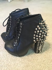 black leather platform chunky heeled boots with spike studs Las Vegas, 89122