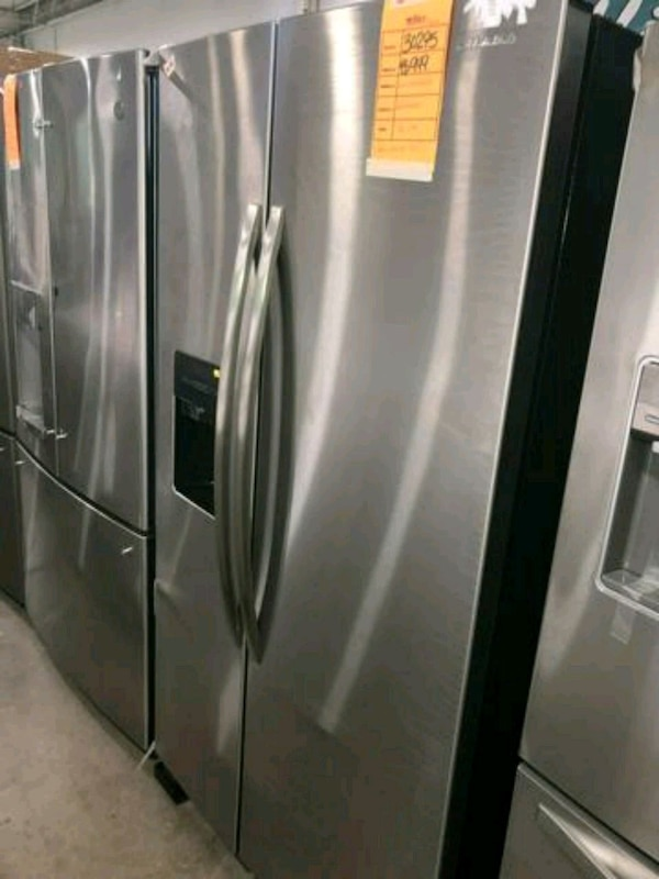 AMANA NEW SIDE BY SIDE STAINLESS STEEL REFRIGERATO