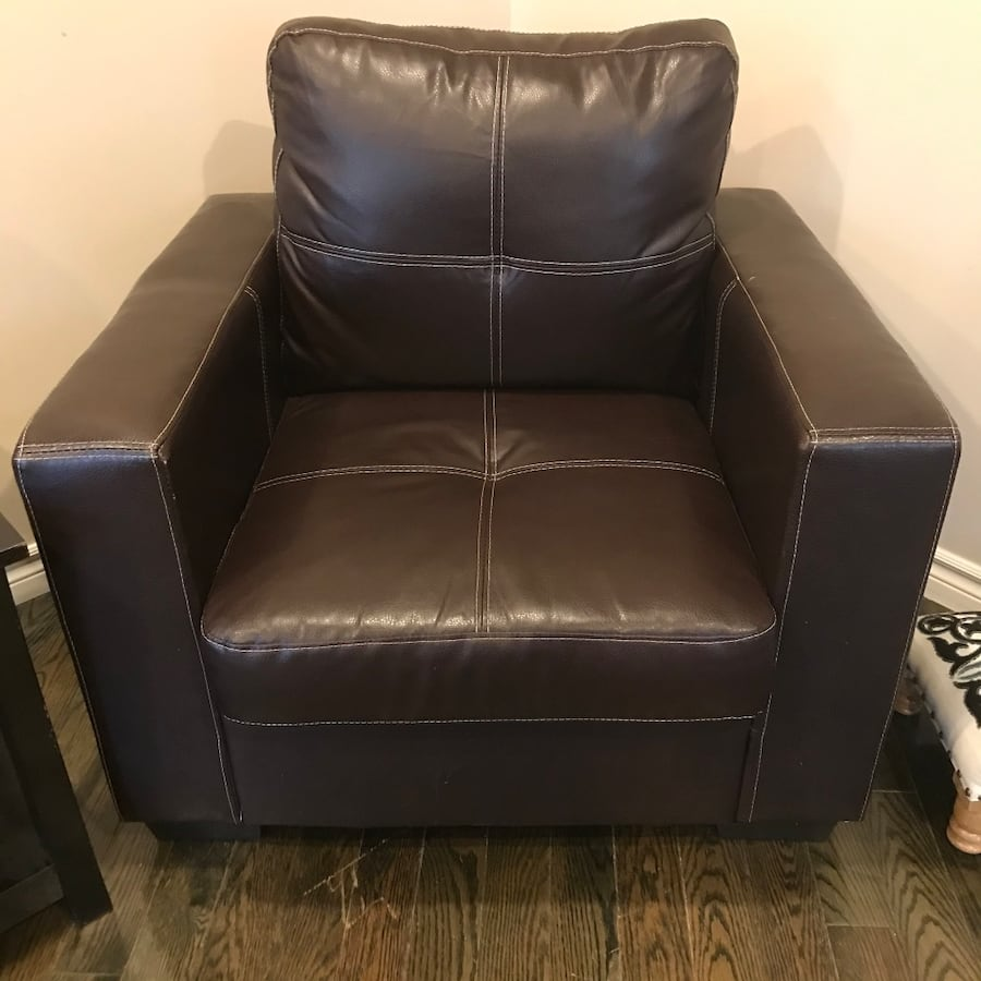 Couch and arm chair set