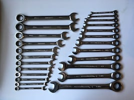 24 pc Gear Ratcheting Wrench Set
