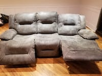 Electric reclining couch Laval, H7E 5N8