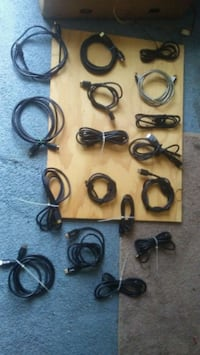 black and white earbuds lot Louisville, 40216