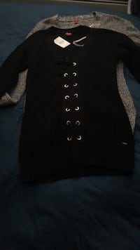 Guess women's sweaters XS Abbotsford, V2T