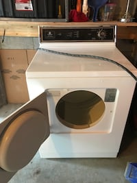 white front-load clothes washer Mississauga