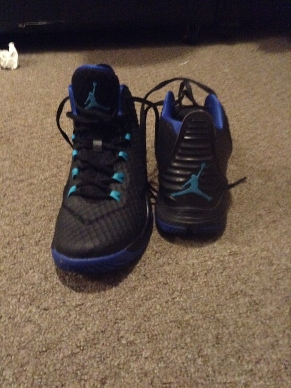 f351d096fe77 Used Pair of black-and-blue air jordan shoes for sale in Hamilton - letgo