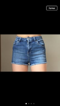 Short en jean taille XS/34 Fort-Moville, 27210