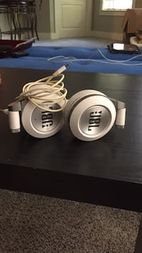 JBL Headphones (Bluetooth/wired) Asheville, 28805