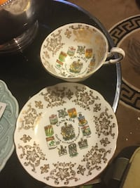 Canada coat of arms teacup/saucer  Vancouver, V5R 5J7
