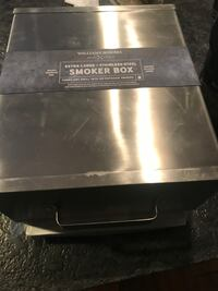 Williams Sonoma Smoke Box and Wood chips Lutherville Timonium, 21093