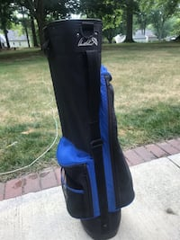 Arnold Palmer golf bag.  $8 Youngstown, 44511