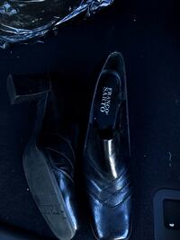 pair of black leather loafers Roseville, 95661