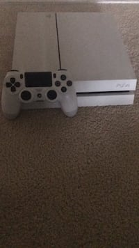 White sony ps4 console with controller Chesterfield, 23832