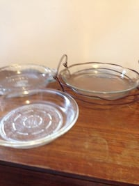 3 glass pie plates/bakeware and one metal dish holder Mississauga, L5J 1V6