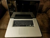 Early 2012 Macbook Pro 17 inch Rockville
