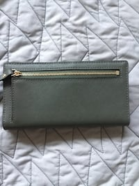 Kate Spade NY wallet Washington, 20024