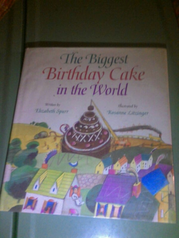 Peachy Used Thw Biggest Birthday Cake In The World For Sale In Austin Letgo Funny Birthday Cards Online Barepcheapnameinfo