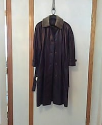 women's brown long leather coat  Laval, H7W 3B6