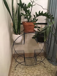 Cool metal plant stand Portland, 97212