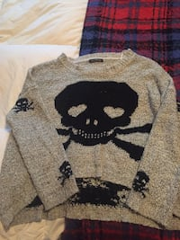 Negotiable Knitted sweater M/L Toronto, M6G 2B9