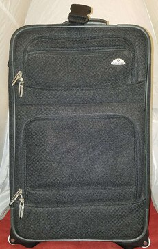 "22"" Samsonite Rolling Carry-On Luggage"