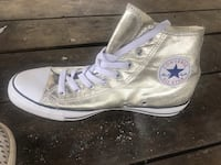 Converse Hightops Gold Metallic Women's 11 Mont Belvieu, 77523