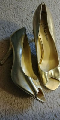 Gold heels South Bend, 46614