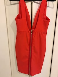 Coral Party Dress - Size M 6/8 Vancouver, V6B 0A2
