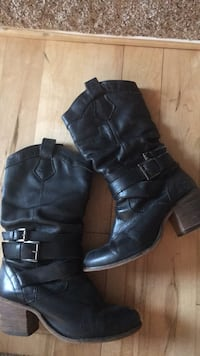 Leather boots  size 8.5 Sterling, 20165