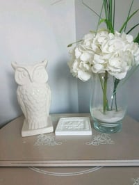 Gorgeous  Bouclair  ceramic  owl  vase  Whitby, L1N 8X2