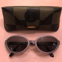 Fendi sunglass for women- like new, authentic Toronto, M2N 5R6