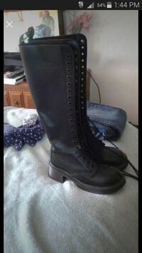pair of black leather boots Chehalis, 98532