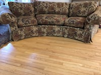 Thomasville Tapestry floral curved sofa. Large truck is needed for pick up.  Springfield, 22150