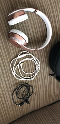 Beats solo3 wireless  Inkster, 48141