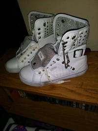 Ladies ALL LEATHER PASTRY TENNIS SHOES Houston, 77053