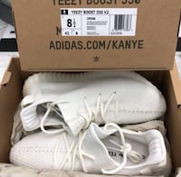 pair of white Adidas Yeezy Boost 350 V2 in box South Gate, 90280