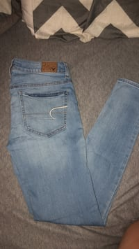 American Eagle Jeans size 6 regular Council Bluffs, 51501