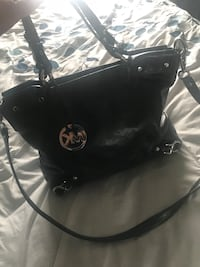 Michael Kors patent leather handbag  Spruce Grove, T7X