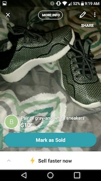 Grey tennis shoes. Boys 9c Houma, 70364