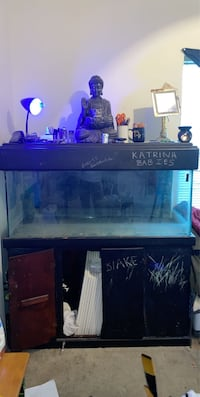 60g tank w/storage and Automatic Timer LED light w/remote best offer