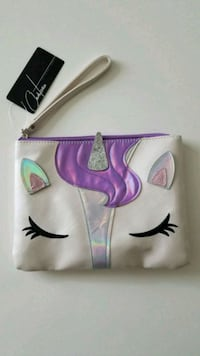 Brand New Chateau Unicorn Wristlet Purse