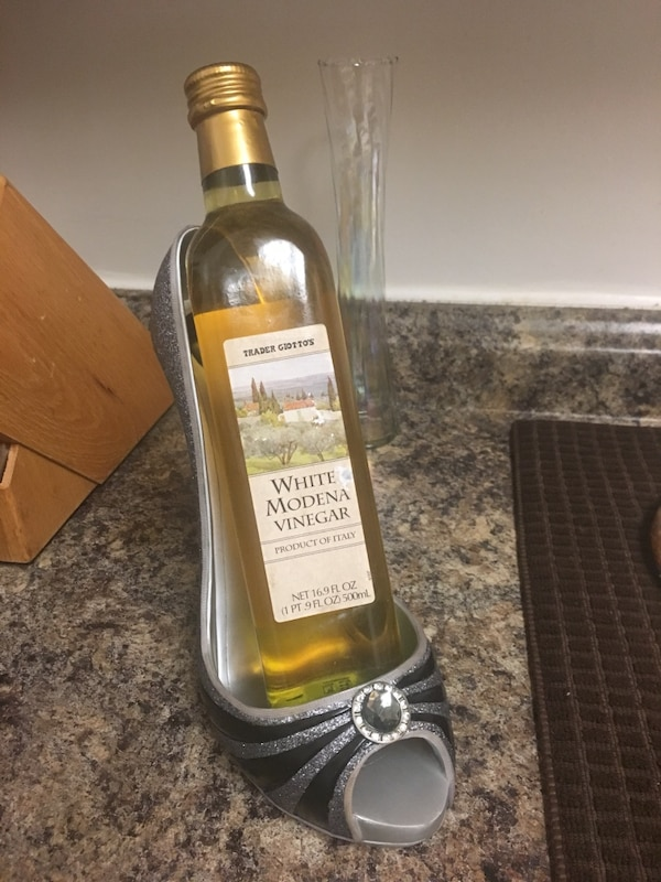 Stiletto Wine Holder w/ Unopened Gourmet Vinegar