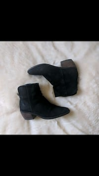 Lucky Brand suede leather ankle boots Toronto, M1L 2K1