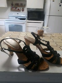 pair of brown leather open-toe heeled sandals 2329 mi