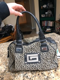 Authentic guess purse Fair Oaks, 95628
