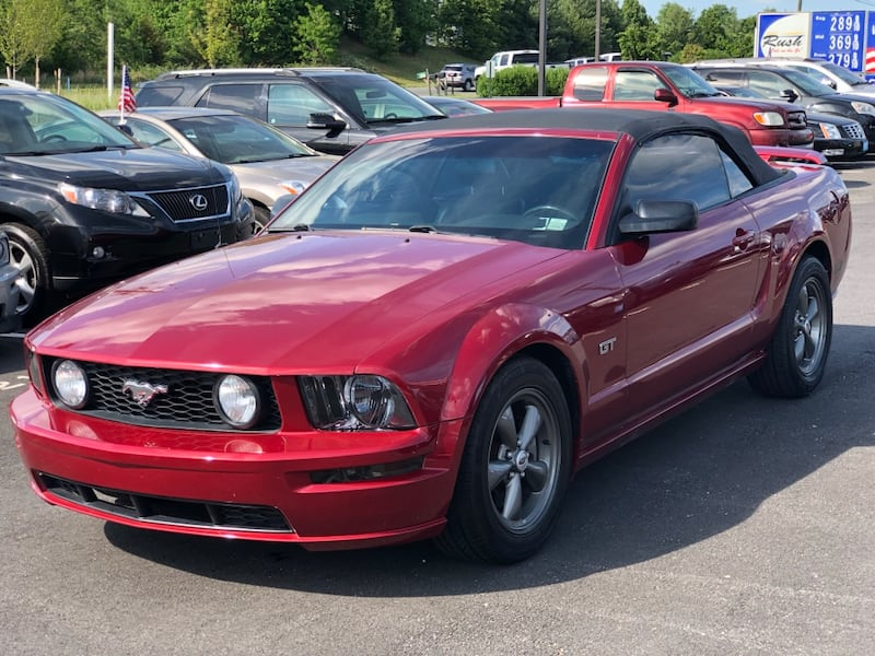 2006 Ford Mustang GT excellent condition 9526db11-3d21-4b1a-8893-237d04228da4