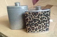 black and gray flask Ventura, 93004