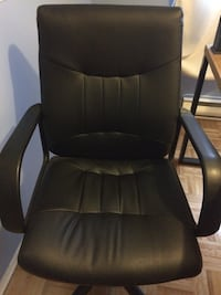 Black leather office armchair Laval, H7R 5Y5