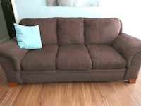 Sofa and loveseat  Lubbock, 79403